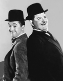 017-laurel-and-hardy-theredlist